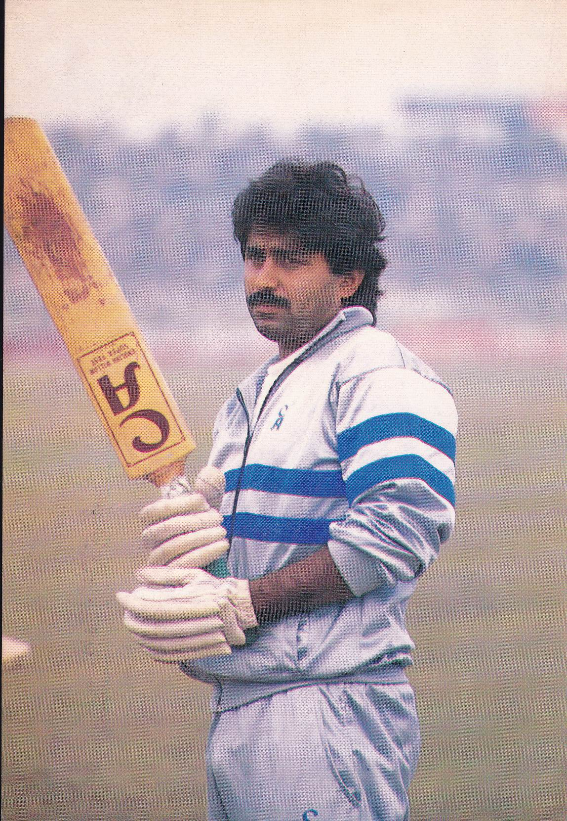 Pakistan Beautiful Postcard Cricket Legend Javed Miandad .