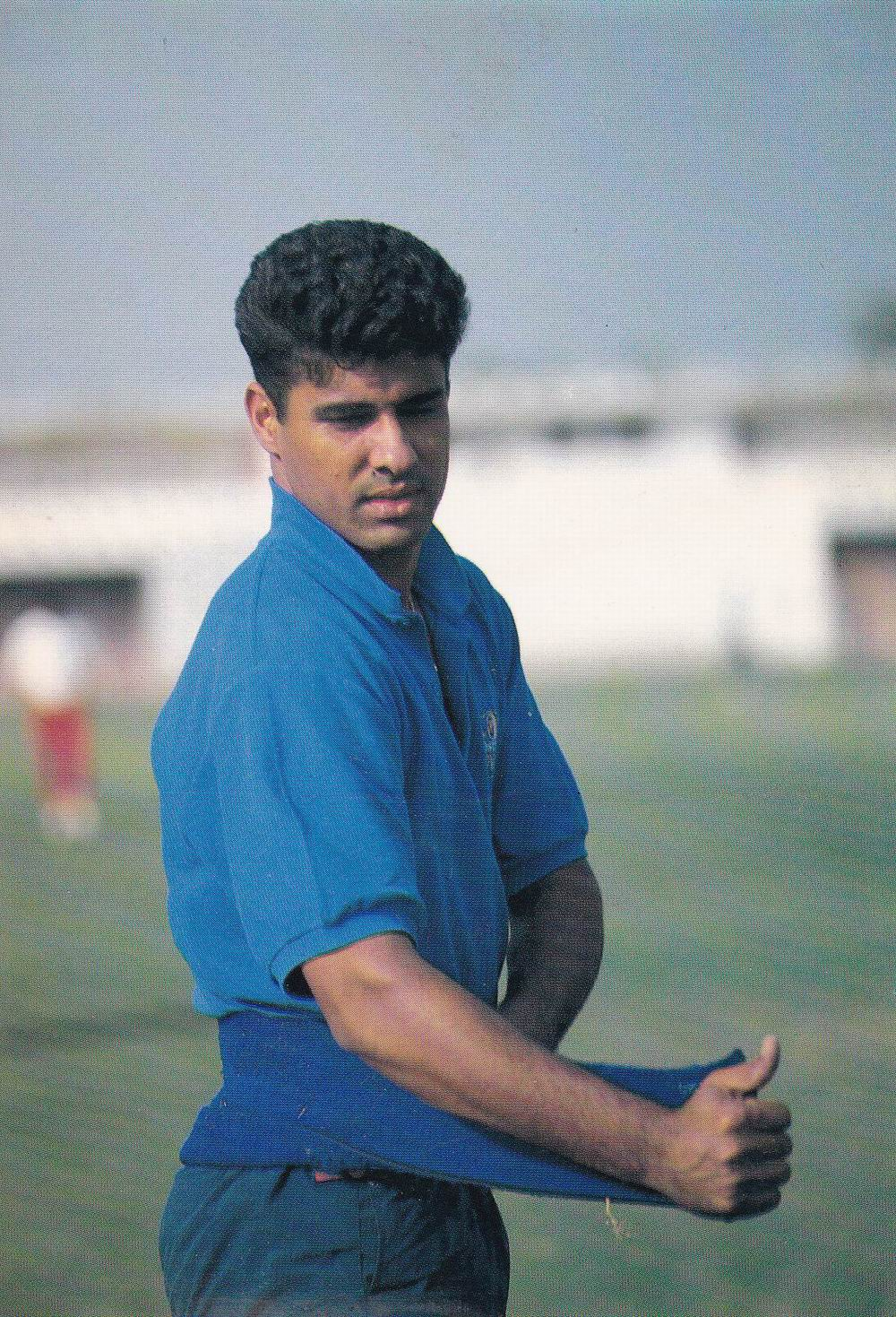 Pakistan Beautiful Postcard Cricket Legend Waqar Younis